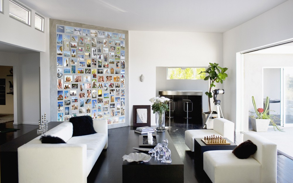 Create a Photo Wall with Fridgi Magnetic Picture Frames